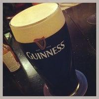 Foto tirada no(a) Sid's Pub por Vin O. em 4/13/2013