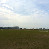 Photo taken at 新川耕地スポーツフィールド(上耕地運動場) by T O. on 10/4/2014