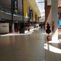 Photo taken at Alto Rosario Shopping by Manu Q. on 11/16/2012