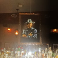 Foto scattata a Black Swan Saloon da TheYumYum F. il 2/21/2014