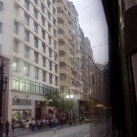 Foto tirada no(a) Allianz Seguros por Breno M. em 12/27/2012