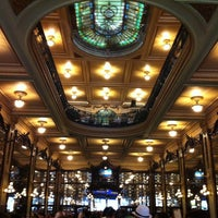 Photo taken at Confeitaria Colombo by Renato D. on 2/14/2013