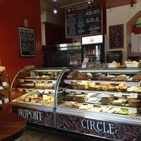3/3/2013 tarihinde Tom R.ziyaretçi tarafından Firehook Bakery'de çekilen fotoğraf