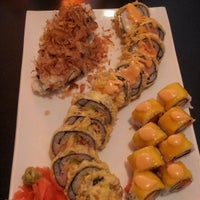 Photo taken at Ikebana Sushi Bar - Carolina by Val_ . on 5/19/2013