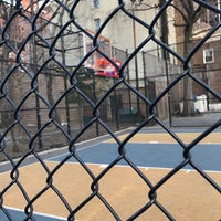 Photo taken at West 4th Street Courts (The Cage) by Olivier N. on 4/1/2018