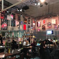 Photo taken at Restaurant In De Doelen by Yuri v. on 1/26/2017