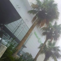 Photo taken at Holiday Inn Salmiya by M4NOR4 on 1/21/2013