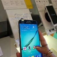 Photo taken at Sprint Store by Nadyah P. on 8/18/2015
