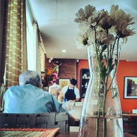 Photo taken at Cozinha 726 by Anderson P. on 5/20/2013