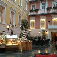 Снимок сделан в Гранд Отель Европа пользователем Christina B. 2/24/2013