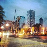 Foto tomada en Roxas Boulevard por Jez V. el 1/14/2013