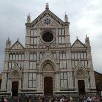 Foto scattata a Piazza Santa Croce da Kos il 9/29/2012
