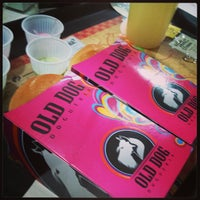 Photo taken at Old Dog Dogueria by Julio F. on 4/7/2013