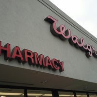 Photo taken at Walgreens by Kelly G W. on 10/16/2013