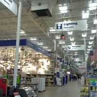 Photo taken at Lowe's Home Improvement by Kelly G W. on 8/11/2013