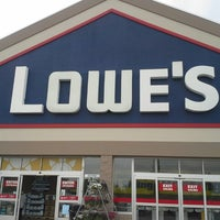 Photo taken at Lowe's Home Improvement by Kelly G W. on 7/21/2013