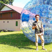 Photo taken at Caliraya Recreation Center & Resort by Jay E Z. on 7/12/2016