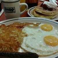 10/27/2012にMarizol B.がIHOPで撮った写真