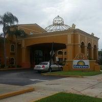 Photo taken at Days Inn Orlando/International Drive by César P. on 6/5/2013