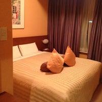 Photo taken at 品川プリンスホテル アネックスタワー by Tsuyoshi I. on 5/2/2013
