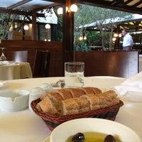 รูปภาพถ่ายที่ Şans Restaurant โดย Ayako I. เมื่อ 6/29/2013