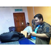 Photo taken at Concrete Lab Faculty Of Civil Engineering by Aziel Z. on 12/16/2014