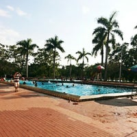 Photo taken at Kompleks Sukan Likas Swimming Pool by Star S. on 3/15/2015