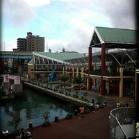 Photo taken at Bayside Place Hakata by Kuri  . on 9/17/2012