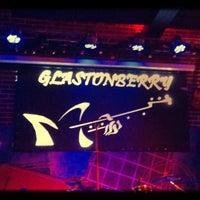Foto scattata a Glastonberry Pub da Марина il 4/27/2013