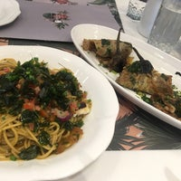 Photo taken at BENCH/ Café by Nadz L. on 9/18/2018
