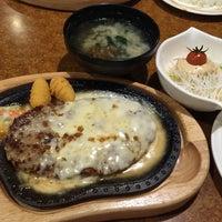 Photo taken at びっくりドンキー 彦根店 by Shuhei T. on 11/21/2014
