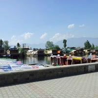 Photo taken at Vale of KASHMIR Houseboats In dal lake by Rajesh V. on 5/18/2013