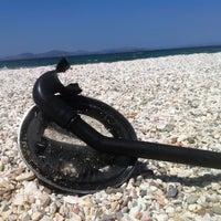 Photo taken at Παραλία Ζούμπερι by Thanos Z. on 7/2/2013