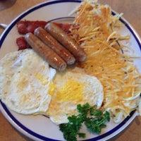 Photo taken at Bob Evans Restaurant by Santiago G. on 7/28/2013