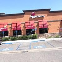 Photo taken at Applebee's Neighborhood Grill & Bar by Justin B. on 7/27/2015