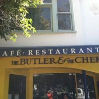 Foto tirada no(a) The Butler & The Chef Bistro por Debbie G. em 9/20/2012