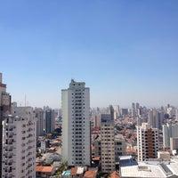 Photo taken at Edificio Santa Cruz Business Center by Antonio Fernando M. on 9/9/2014