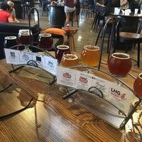 11/12/2017 tarihinde Sandra L.ziyaretçi tarafından AleSmith Brewing Company'de çekilen fotoğraf