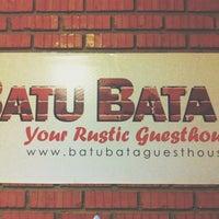 Photo taken at Batu Bata Guesthouse by Shah Azeezan S. on 1/21/2014