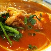 Photo taken at Eathai by Changhwa J. on 10/17/2012