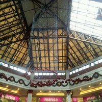 Снимок сделан в Via Parque Shopping пользователем Mayara A. 11/9/2012