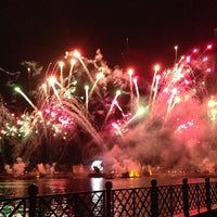 Photo taken at IllumiNations: Reflections of Earth by HIK on 5/6/2013