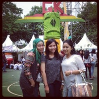 Photo taken at SMAN 70 Jakarta by Amiliana R. on 10/18/2013