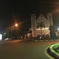 Photo taken at Gereja Katolik Katedral Santa Perawan Maria Dari Gunung Karmel by Rio R. on 7/11/2016