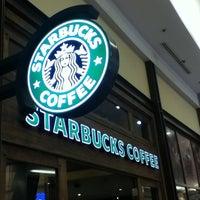 Photo taken at Starbucks by Sergio U. on 5/17/2013