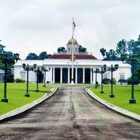Photo taken at Bogor Palace by R. Adhi N. on 9/23/2012