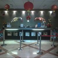 Photo taken at Singosari Lounge by ferdinan k. on 2/10/2013