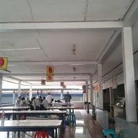 Photo taken at Kantin IT Telkom by Yaltha R. on 9/19/2012