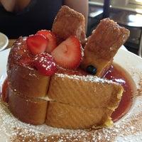 9/7/2013 tarihinde Johanna B.ziyaretçi tarafından Sabrina's Cafe @ Powelton'de çekilen fotoğraf
