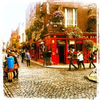 Photo taken at The Temple Bar by Felipe R. on 9/16/2012